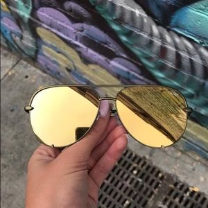 Desi Perkins Quay High Key Sunglasses Green/Olive